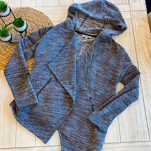 BB Dakota heathered black wrap sweater size small